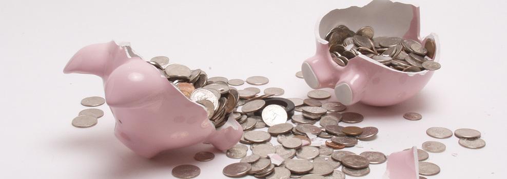 母子家庭の約半数が貯蓄50万円以下